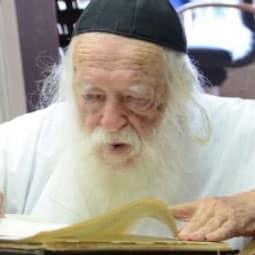 7 Things to Know About Hadlakas Ner Shabbos from Rav Chaim Kanievsky Shlita