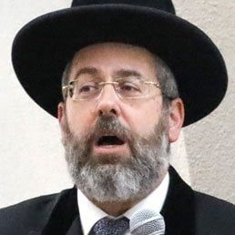 Rabbi Lau To PM: Open Synagogues According To Their Size