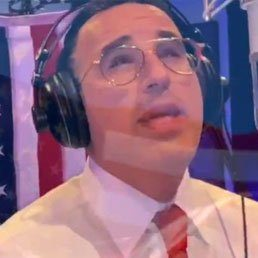 Shwekey Hopes Song Composed for Trump Fundraiser Will Spark Wave of Patriotism in Jewish Community