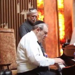 Daniel Gildar, Renowned Orthodox Jewish Cantor and Pianist, Passes Away Suddenly