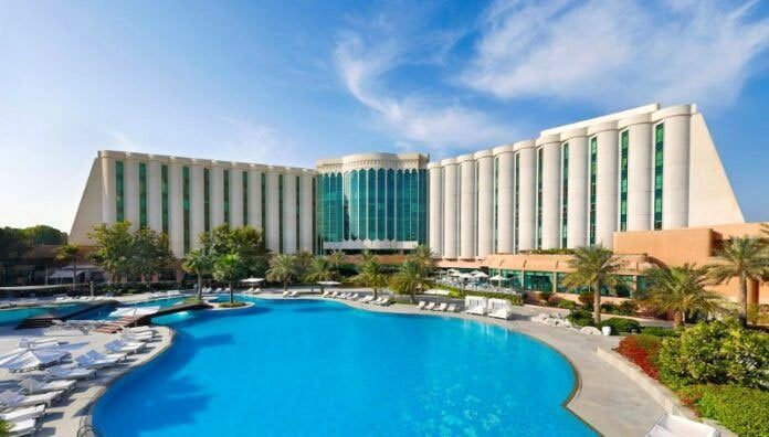 Ritz Carlton Manama Becomes the First Hotel in Bahrain to Offer Kosher Food 11