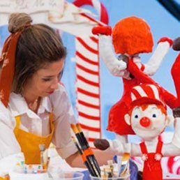 How Sweet It Is! Florida Kosher Baker Competes in Food Network's Candy Land