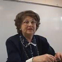 "The Loss of a Remarkable Woman: Chaye Sara Jakobovits a""h"