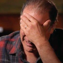 EMOTIONAL VIDEO: Mandy Patinkin Breaks Down In Tears When He Learns That He Lost Family In The Holocaust